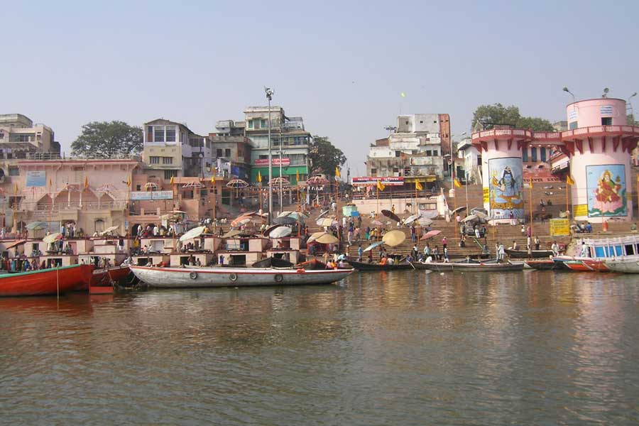 Varanasi Tour and Travel Guide