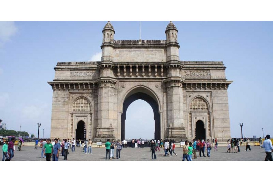 Mumbai Tour and Travel Guide